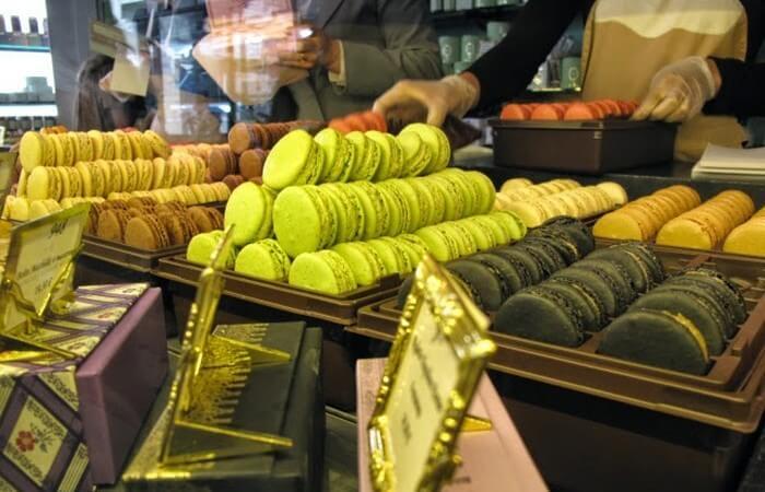 Кондитерский магазин Эрнеста Ладюре. Заказать торт на день рождения, свадьбу в Саратове