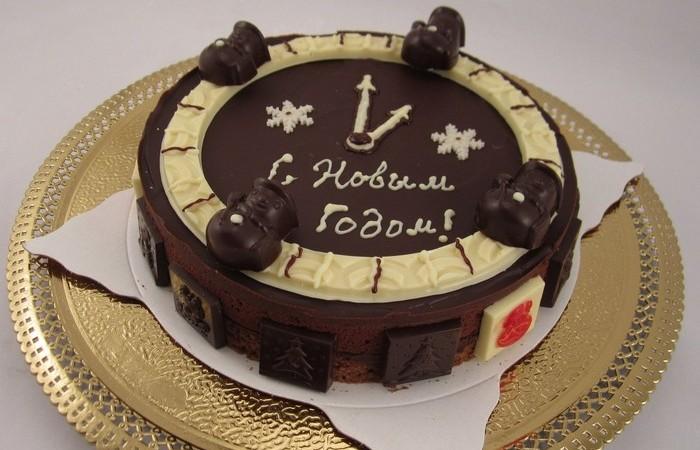 Новогодний торт Часы. Заказать торт с доставкой в Саратове