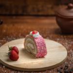 Пирожное Йогурт с клубникой