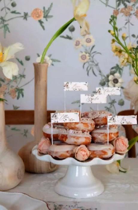 Свадебные торты. Что можно использовать для свадебного стола