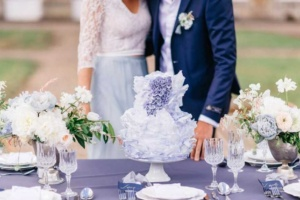 Свадебные торты 2021: модные тенденции и подборка фото свадебных  тортов