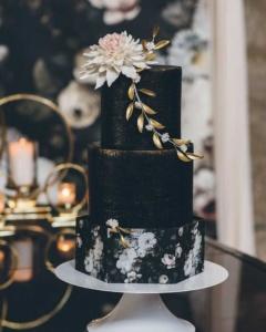 Свадебные торты 2021 фото, тенденции. Заказать торт в Саратове